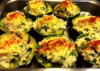 Spicy Gem Squash Stuffed with Spinach and Rice