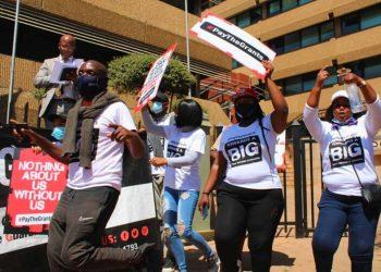 """Activists demand SASSA fix """"flawed"""" Covid-19 grant application process"""