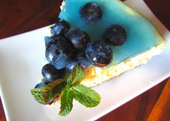 Blueberry Cheesecake baked with Blue Gin and Tonic