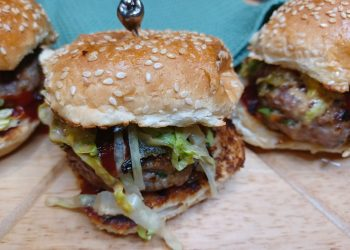 Try these Juicy Lamb Hamburgers for Heritage Day