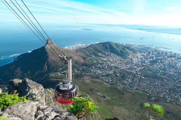 Table Mountain Aerial Cableway celebrates 92nd birthday with October special