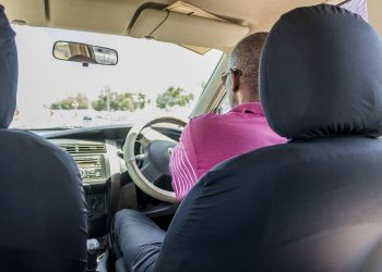 Taxi industry plays important role in vaccination campaign